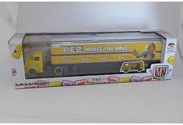 PEZ M2 Truck Yellow